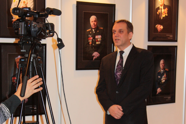 В Госдуме открылась фотовыставка «Лица Победы»